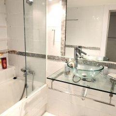 Отель Piso en Barrio de Salamanca ванная