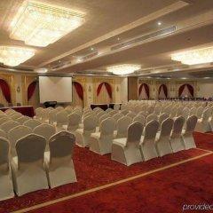 Отель Grand Excelsior Hotel Sharjah ОАЭ, Шарджа - 1 отзыв об отеле, цены и фото номеров - забронировать отель Grand Excelsior Hotel Sharjah онлайн помещение для мероприятий фото 2