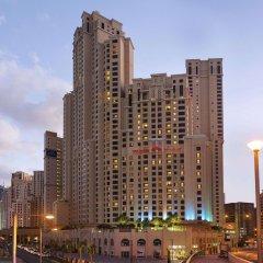 Ramada Hotel & Suites by Wyndham JBR городской автобус