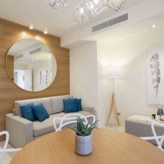 Отель Metropol Ceccarini Suite Риччоне комната для гостей фото 5