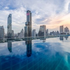 Amara Bangkok Hotel бассейн