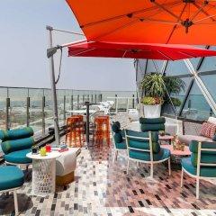 Отель Andaz Capital Gate Abu Dhabi - A Concept By Hyatt Абу-Даби бассейн фото 3