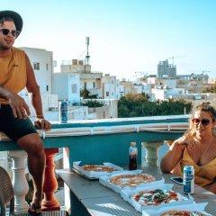 Отель Hostel Malti Мальта, Сан Джулианс - отзывы, цены и фото номеров - забронировать отель Hostel Malti онлайн балкон