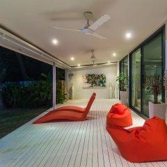 Отель Beachfront Villa Таиланд, пляж Панва - отзывы, цены и фото номеров - забронировать отель Beachfront Villa онлайн фитнесс-зал