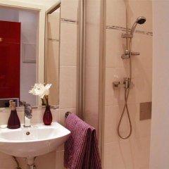 Отель Vienna Star Apartments Troststrasse Австрия, Вена - отзывы, цены и фото номеров - забронировать отель Vienna Star Apartments Troststrasse онлайн ванная фото 2