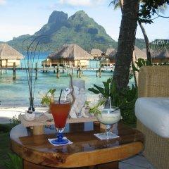 Отель Bora Bora Pearl Beach Resort and Spa Французская Полинезия, Бора-Бора - отзывы, цены и фото номеров - забронировать отель Bora Bora Pearl Beach Resort and Spa онлайн питание фото 3