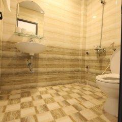 Отель Ninety Nine Center ванная