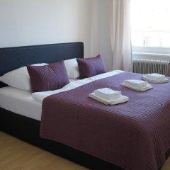 Апартаменты Herbststrasse Apartment Вена комната для гостей фото 3