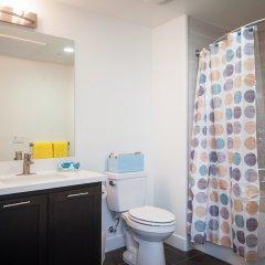 Отель Sunshine Suites At Main St США, Лос-Анджелес - отзывы, цены и фото номеров - забронировать отель Sunshine Suites At Main St онлайн ванная
