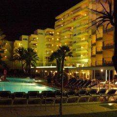 Hotel Apartamentos Vistasol & Spa бассейн