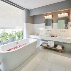 Отель COMO Point Yamu, Phuket ванная