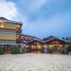 Отель Victoria Sapa Resort & Spa Шапа парковка
