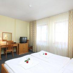 Отель Claris удобства в номере фото 2