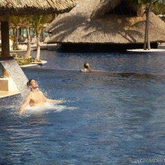 Отель Barcelo Bavaro Beach - Только для взрослых - Все включено Доминикана, Пунта Кана - 9 отзывов об отеле, цены и фото номеров - забронировать отель Barcelo Bavaro Beach - Только для взрослых - Все включено онлайн бассейн фото 2