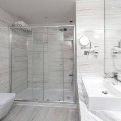 Sirius Deluxe Hotel Турция, Аланья - отзывы, цены и фото номеров - забронировать отель Sirius Deluxe Hotel онлайн ванная