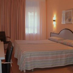 Отель Pinamar Сантандер сейф в номере