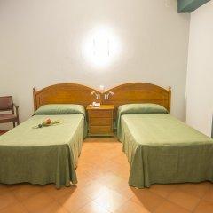 Отель azuLine Hotel Galfi Испания, Сан-Антони-де-Портмань - 1 отзыв об отеле, цены и фото номеров - забронировать отель azuLine Hotel Galfi онлайн в номере