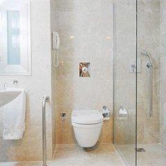 Kent Hotel Istanbul Турция, Стамбул - 3 отзыва об отеле, цены и фото номеров - забронировать отель Kent Hotel Istanbul онлайн ванная