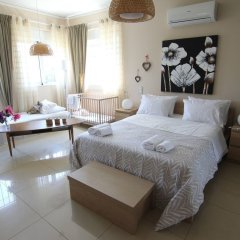 Отель Villa Abelos Греция, Галатси - отзывы, цены и фото номеров - забронировать отель Villa Abelos онлайн комната для гостей