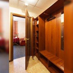 Гостиница Регина 3* Стандартный номер с двуспальной кроватью фото 12