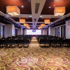 Отель Grand Metropark Bay Hotel Sanya Китай, Санья - отзывы, цены и фото номеров - забронировать отель Grand Metropark Bay Hotel Sanya онлайн помещение для мероприятий