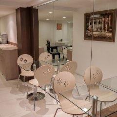 Отель Nida Rooms Saladaeng 130 Silom Walk Бангкок в номере