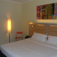 Отель Idea Hotel Milano San Siro Италия, Милан - 9 отзывов об отеле, цены и фото номеров - забронировать отель Idea Hotel Milano San Siro онлайн комната для гостей фото 2