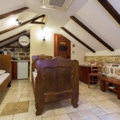 Отель Hostel Old Town Kotor Черногория, Котор - отзывы, цены и фото номеров - забронировать отель Hostel Old Town Kotor онлайн питание