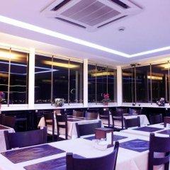 Salinas Istanbul Hotel Турция, Стамбул - 1 отзыв об отеле, цены и фото номеров - забронировать отель Salinas Istanbul Hotel онлайн питание фото 2