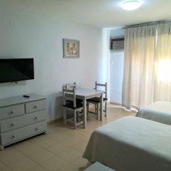 Отель Apartamentos Puerta del Sur комната для гостей фото 3