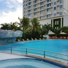 Отель Marco Polo Plaza Cebu Филиппины, Лапу-Лапу - отзывы, цены и фото номеров - забронировать отель Marco Polo Plaza Cebu онлайн бассейн фото 3