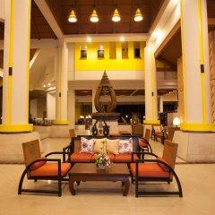Отель Woraburi Phuket Resort & Spa интерьер отеля