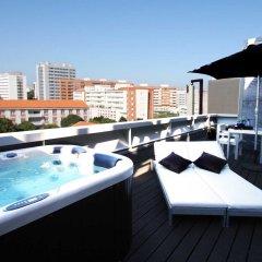 Отель Bessahotel Boavista Порту бассейн