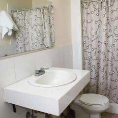 Отель Mac Arthur Гондурас, Тегусигальпа - отзывы, цены и фото номеров - забронировать отель Mac Arthur онлайн ванная фото 2