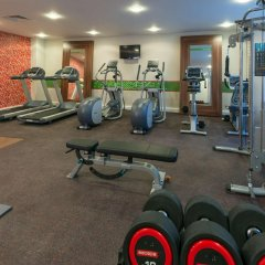 Отель Hampton by Hilton Luton Airport фитнесс-зал