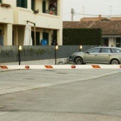 Отель Piccola Oasi Италия, Вигонца - отзывы, цены и фото номеров - забронировать отель Piccola Oasi онлайн парковка