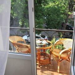 Рено Отель балкон