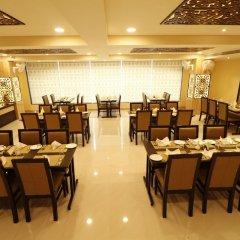 Отель Treebo Trend Blueberry Inn Индия, Райпур - отзывы, цены и фото номеров - забронировать отель Treebo Trend Blueberry Inn онлайн помещение для мероприятий фото 2