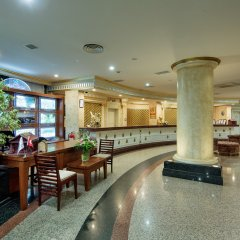 Crystal Sunrise Queen Luxury Resort & Spa Турция, Сиде - 1 отзыв об отеле, цены и фото номеров - забронировать отель Crystal Sunrise Queen Luxury Resort & Spa - All Inclusive онлайн гостиничный бар