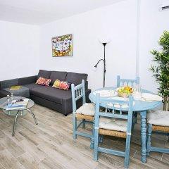 Отель Blue Toscana Pool & Center Apartment Испания, Торремолинос - отзывы, цены и фото номеров - забронировать отель Blue Toscana Pool & Center Apartment онлайн комната для гостей фото 4