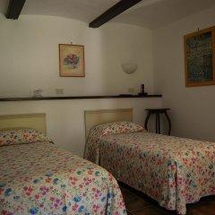 Отель San Rocco di Villa di Isola D'Asti Изола-д'Асти комната для гостей фото 2