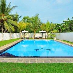 Отель Rockery Villa Шри-Ланка, Бентота - отзывы, цены и фото номеров - забронировать отель Rockery Villa онлайн бассейн фото 3