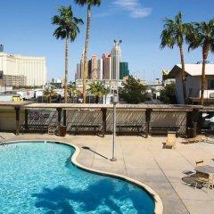 Отель Days Inn Las Vegas at Wild Wild West Gambling Hall бассейн фото 2