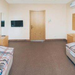 Хостел Енот Стандартный номер с различными типами кроватей