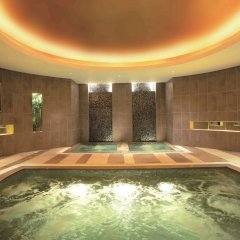 Отель Swissotel Grand Shanghai бассейн фото 3