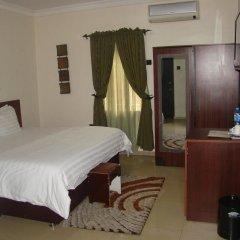 Отель Charlies Place And Suite удобства в номере фото 2