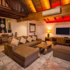 Отель Sandalwood Luxury Villas развлечения