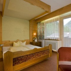 Отель Gasthof Neue Post Австрия, Хохгургль - отзывы, цены и фото номеров - забронировать отель Gasthof Neue Post онлайн комната для гостей
