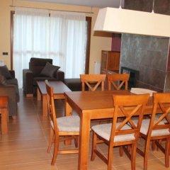 Отель Costarasa Apartamentos Альп комната для гостей фото 5