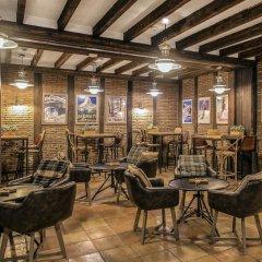 Отель Vincci Seleccion Rumaykiyya гостиничный бар
